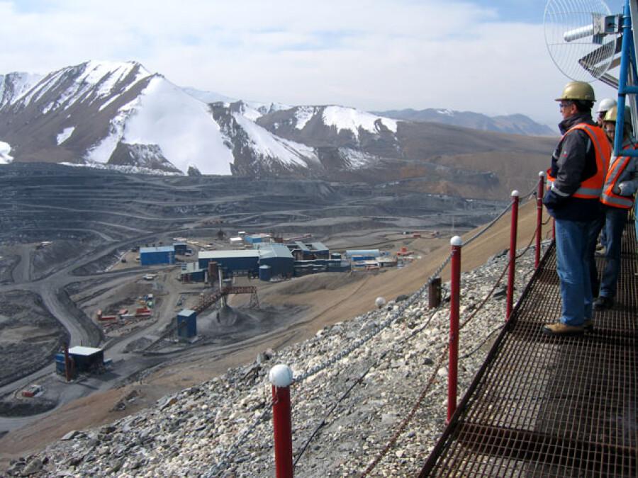 В Киргизии компанию Kumtor Gold Company оштрафовали на $3,09 млрд за нарушение экологических норм
