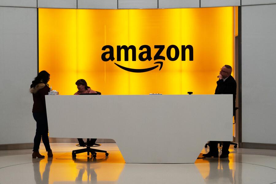 """Amazon впервые выпустил """"устойчивые"""" бонды на $1 млрд"""