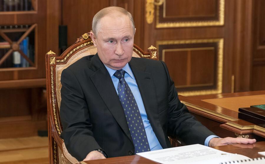 Путин отклонил закон о требованиях к цитированию журналистами других СМИ