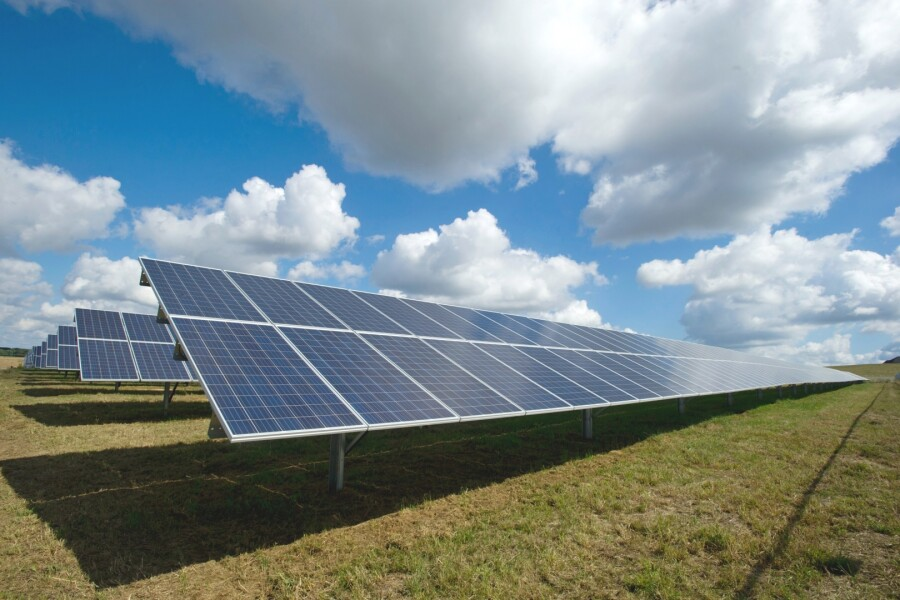 Туркменистан объявил международный тендер на строительство первой в стране солнечно-ветряной электростанции