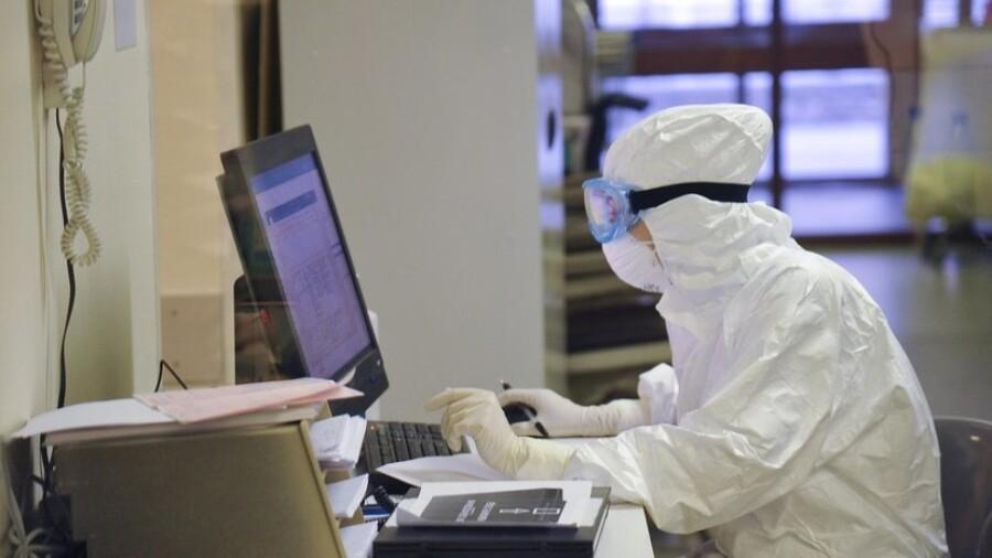 Специалистов-вирусологов будут готовить в КазНУ им. аль-Фараби