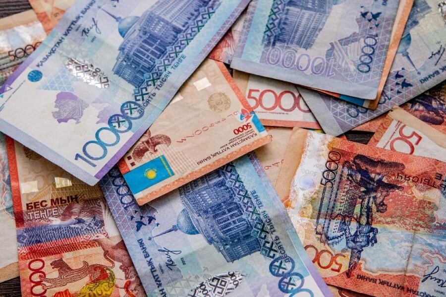 Где в Казахстане в сентябре 2021 года взять кредит наличными без залога. Ставки и условия.